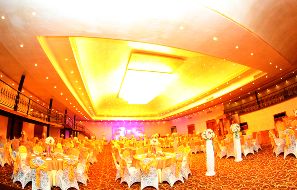 Dhanamuthu hotel banquets negombo sri lanka ideal place for your big day or business conferences junglespirit Gallery